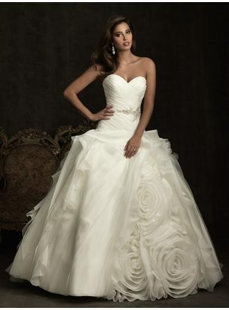Ball-Gown Sweetheart Chapel Train Wedding Dresses With Ruffle Beading Flower(s) Bow(s)