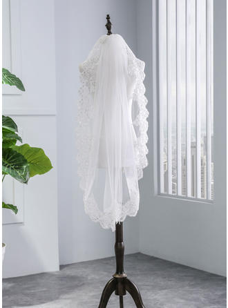 One-tier Lace Applique Edge Elbow Bridal Veils With Lace (006141343)