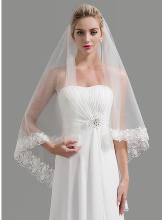 طبقة واحدة حافة مزينة بالدانتيل طرحة زفاف طويلة مع تزيين
