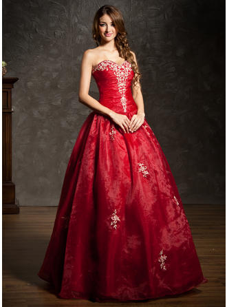 Ball-Gown Sweetheart Floor-Length Organza Prom Dress With Ruffle Beading