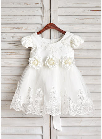 A-Line/Princess Knee-length Flower Girl Dress - Satin/Tulle/Lace Short Sleeves Scoop Neck With Sash/Flower(s)