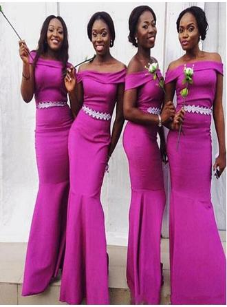 Trumpet/Mermaid Satin Bridesmaid Dresses Appliques Lace Off-the-Shoulder Sleeveless Floor-Length