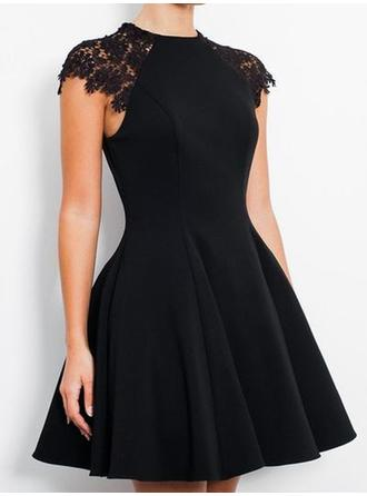 A-Line/Princess Scoop Neck Jersey Knee-Length Lace Cocktail Dresses