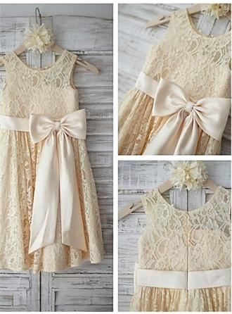 Elegant Tea-length A-Line/Princess Flower Girl Dresses Scoop Neck Lace Sleeveless