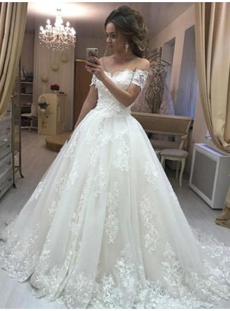 Off-The-Shoulder Ball-Gown Wedding Dresses Tulle Appliques Lace Sleeveless Sweep Train