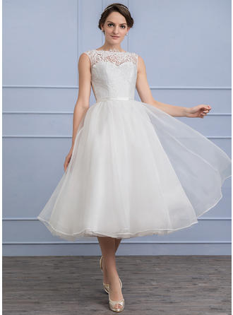 A-Line/Princess Scoop Neck Tea-Length Organza Lace Wedding Dress