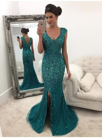 Tulle Sleeveless A-Line/Princess Prom Dresses V-neck Beading Sequins Sweep Train (018148441)