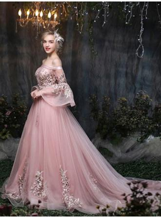 A-Line/Princess Off-the-Shoulder Court Train Evening Dress