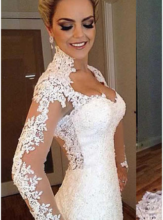 Lace Trumpet/Mermaid Sweep Train V-neck Wedding Dresses Long Sleeves