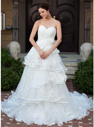 Luxurious Sleeveless Sweetheart With Satin Organza Wedding Dresses
