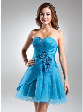 A-Line/Princess Sweetheart Short/Mini Taffeta Cocktail Dress With Ruffle Beading Flower(s)