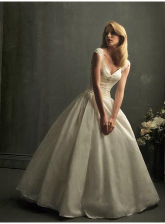 Ball-Gown V-neck Floor-Length Wedding Dresses With Ruffle Lace