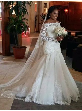 Trumpet/Mermaid Off-The-Shoulder Court Train Wedding Dress With Beading Appliques Lace