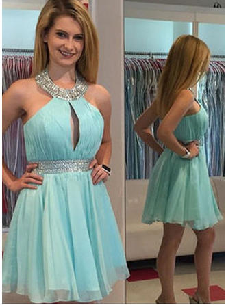 A-Line/Princess Halter Knee-Length Cocktail Dresses With Beading