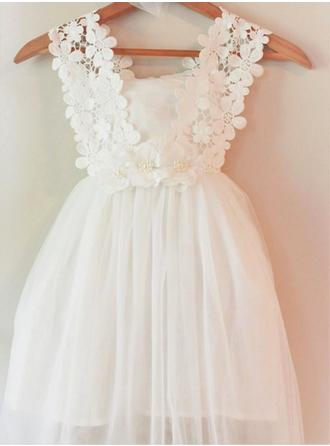 A-Line/Princess Square Neckline Knee-length With Appliques/Flower(s) Chiffon Flower Girl Dress