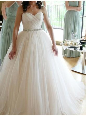 Sweetheart Ball-Gown Wedding Dresses Tulle Ruffle Beading Sleeveless Floor-Length