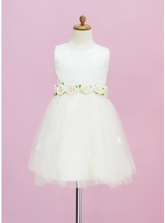 A-Line/Princess Scoop Neck Tea-length With Flower(s) Satin/Tulle Flower Girl Dress