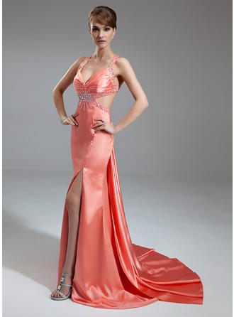 Glamorous V-neck Trumpet/Mermaid Charmeuse Evening Dresses