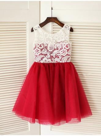 A-Line/Princess Scoop Neck Knee-length With Pleated Tulle/Lace Flower Girl Dresses (010211821)
