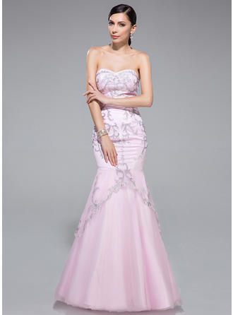 jaw dropping prom dresses