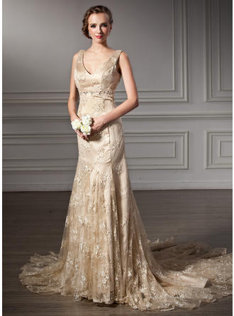 Trumpet/Mermaid Lace Sleeveless Halter Chapel Train Wedding Dresses