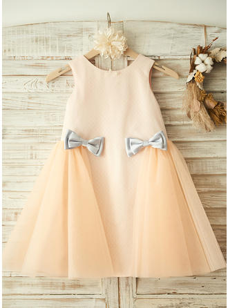 A-Line/Princess Scoop Neck Knee-length With Bow(s) Tulle Flower Girl Dress