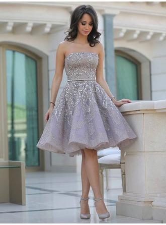 A-Line/Princess Strapless Short/Mini Satin Homecoming Dresses With Ruffle Sash Beading