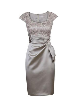 Sheath/Column Square Neckline Knee-Length Satin Lace Mother of the Bride Dress With Ruffle