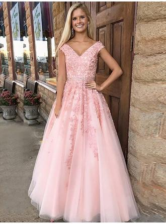 A-Line/Princess V-neck Floor-Length Tulle Prom Dress With Appliques Lace