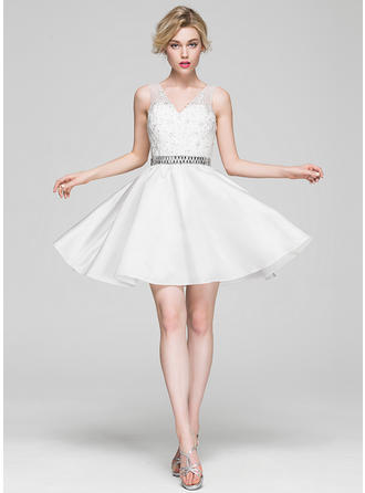 A-Line/Princess V-neck Satin Lace Sleeveless Knee-Length Beading Sequins Cocktail Dresses