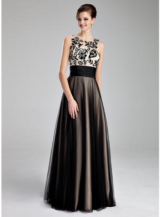 A-Line/Princess Scoop Neck Floor-Length Prom Dresses With Ruffle Lace