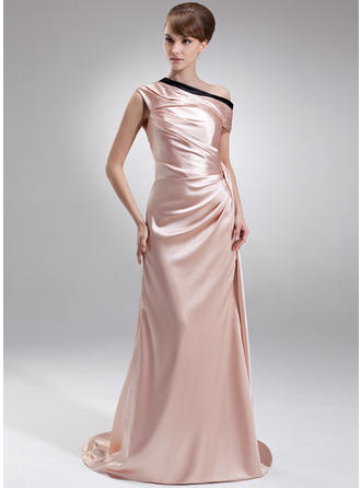 classic evening dresses with sleeves