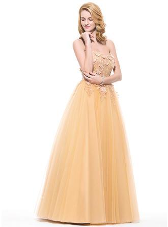 prom dresses lilac