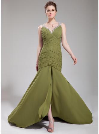 Forme Sirène/Trompette Amoureux Traîne moyenne Mousseline de soie Robe de soirée avec Plissé Brodé Paillettes