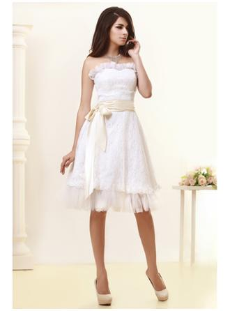 A-Line/Princess Strapless Knee-Length Wedding Dress With Lace Sash