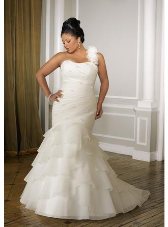 Trumpet/Mermaid One Shoulder Court Train Wedding Dresses With Beading Cascading Ruffles