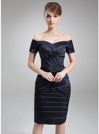 Sheath/Column Off-the-Shoulder Knee-Length Mother of the Bride Dresses