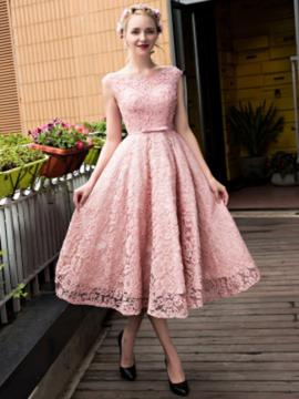 A-Line/Princess Scoop Neck Tea-Length Lace Prom Dress With Sash
