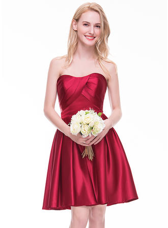 Satin Sleeveless A-Line/Princess Bridesmaid Dresses Sweetheart Ruffle Knee-Length