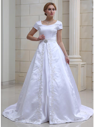 Delicate Chapel Train Ball-Gown Wedding Dresses Sweetheart Satin Short Sleeves