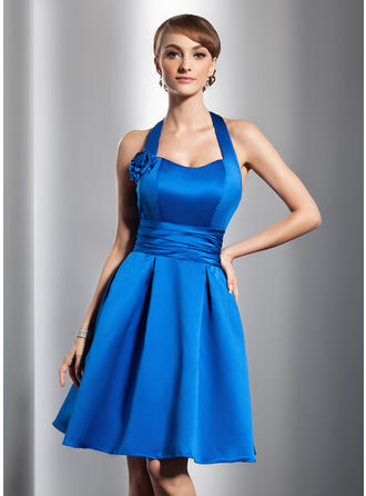 A-Line/Princess Halter Knee-Length Satin Homecoming Dresses With Ruffle Flower(s)