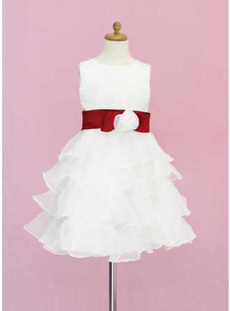 A-Line/Princess Scoop Neck Knee-length With Sash/Flower(s)/Bow(s) Organza/Satin Flower Girl Dress