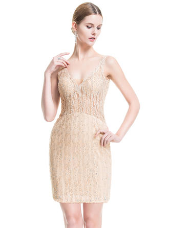 Sheath/Column V-neck Lace Sleeveless Short/Mini Beading Sequins Cocktail Dresses
