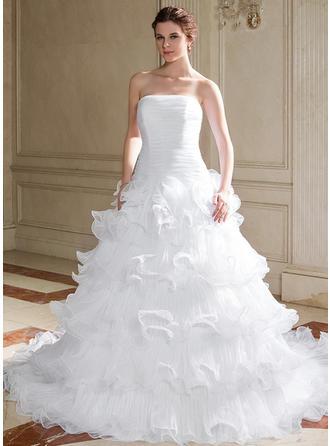 Corte de baile Estrapless Cola capilla Organdí Vestido de novia con Cascada de volantes