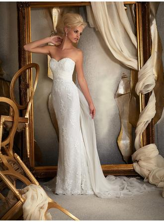Sheath/Column Sweetheart Court Train Wedding Dresses With Beading