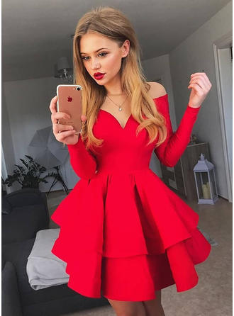 A-Line/Princess Off-the-Shoulder Long Sleeves Short/Mini Ruffle Homecoming Dresses