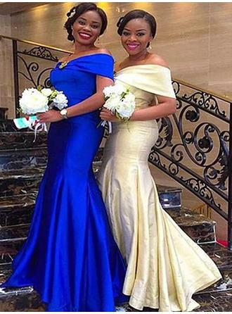 Trumpet/Mermaid Satin Bridesmaid Dresses Ruffle Off-the-Shoulder Short Sleeves Floor-Length