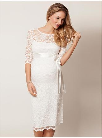 Sheath/Column Scoop Knee-Length Wedding Dresses With Lace Sash Bow(s)