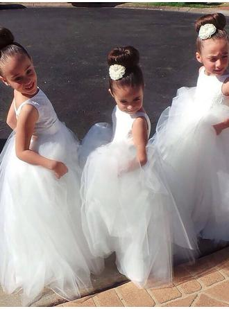 Gorgeous Floor-length Ball Gown Flower Girl Dresses Scoop Neck Tulle Sleeveless
