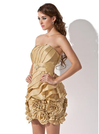 Sheath/Column Strapless Short/Mini Taffeta Homecoming Dresses With Ruffle Beading Flower(s)